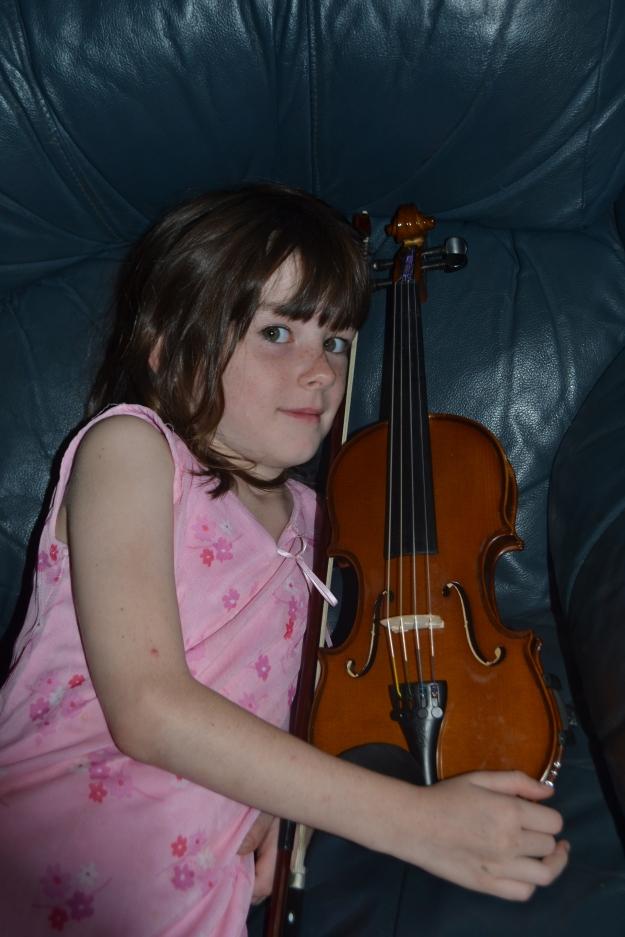 Amelia with violin
