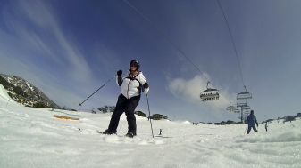 Skiing down the mountain at Perisher in August 2013.