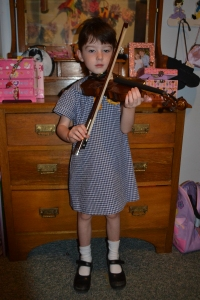 Miss back in 2012 when she first started the violin in February 2012 aged 5. There are no photos of my backdoor beginnings. I was just Mum's Taxi.