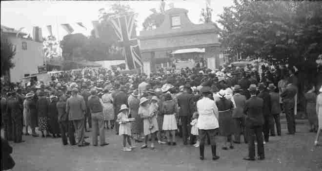 My grandfather took this photo at the Hahndorf Centenary Celebrations in 1938 and I believe that in Hans Heysen standing on the RHS wearing a white coat and his characteristic knickerbockers and long boots.