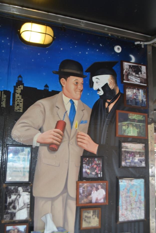 Murals on Harry's Cafe de Wheels