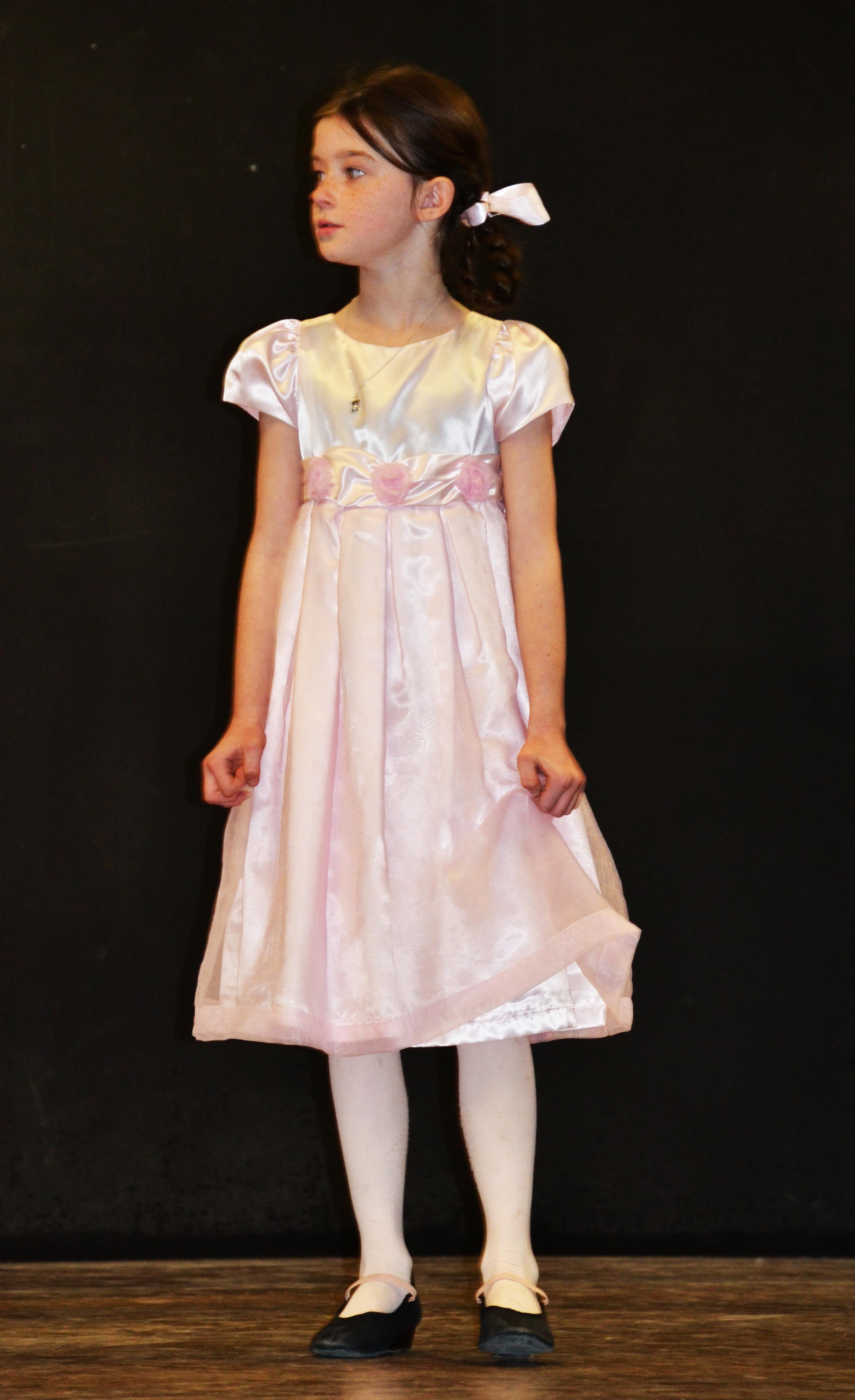 Amelia Gretel on stage