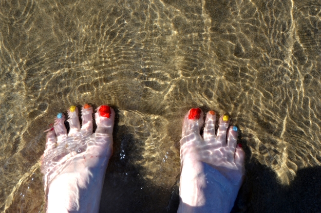 Rainbow Toes at Byron Bay 2015.