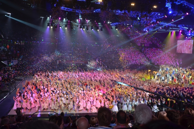 Finale- School Spectacular, Sydney Entertainment Centre.