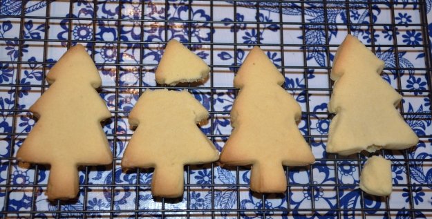 Shortbread Christmas trees 2015