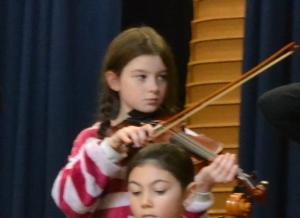 Amelia violin