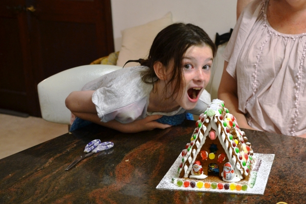 amelia-gingerbread-house