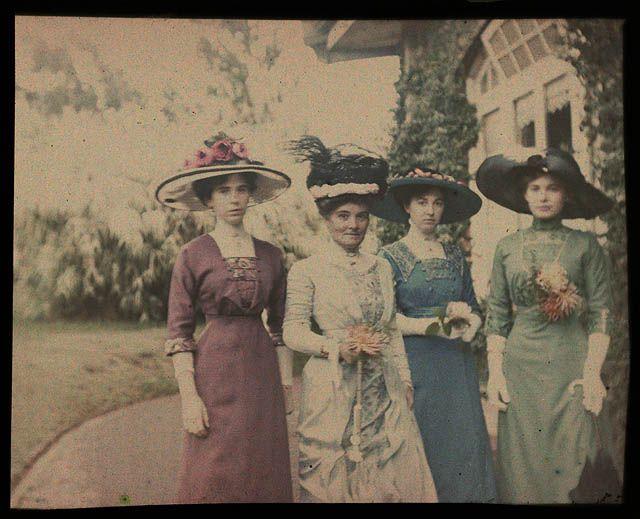 Four Sisters in Killara 1909