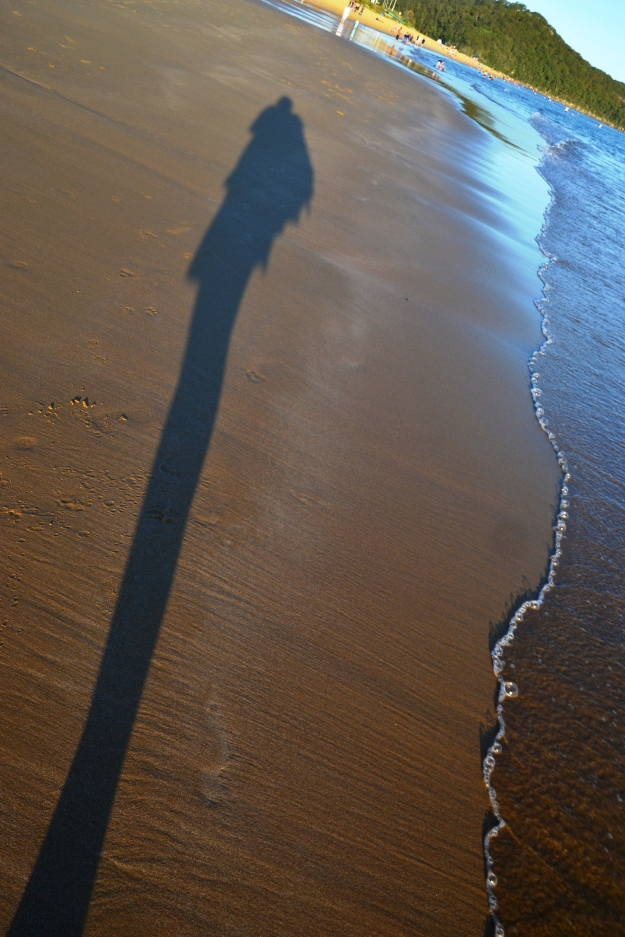 Rowena Shadow with wave