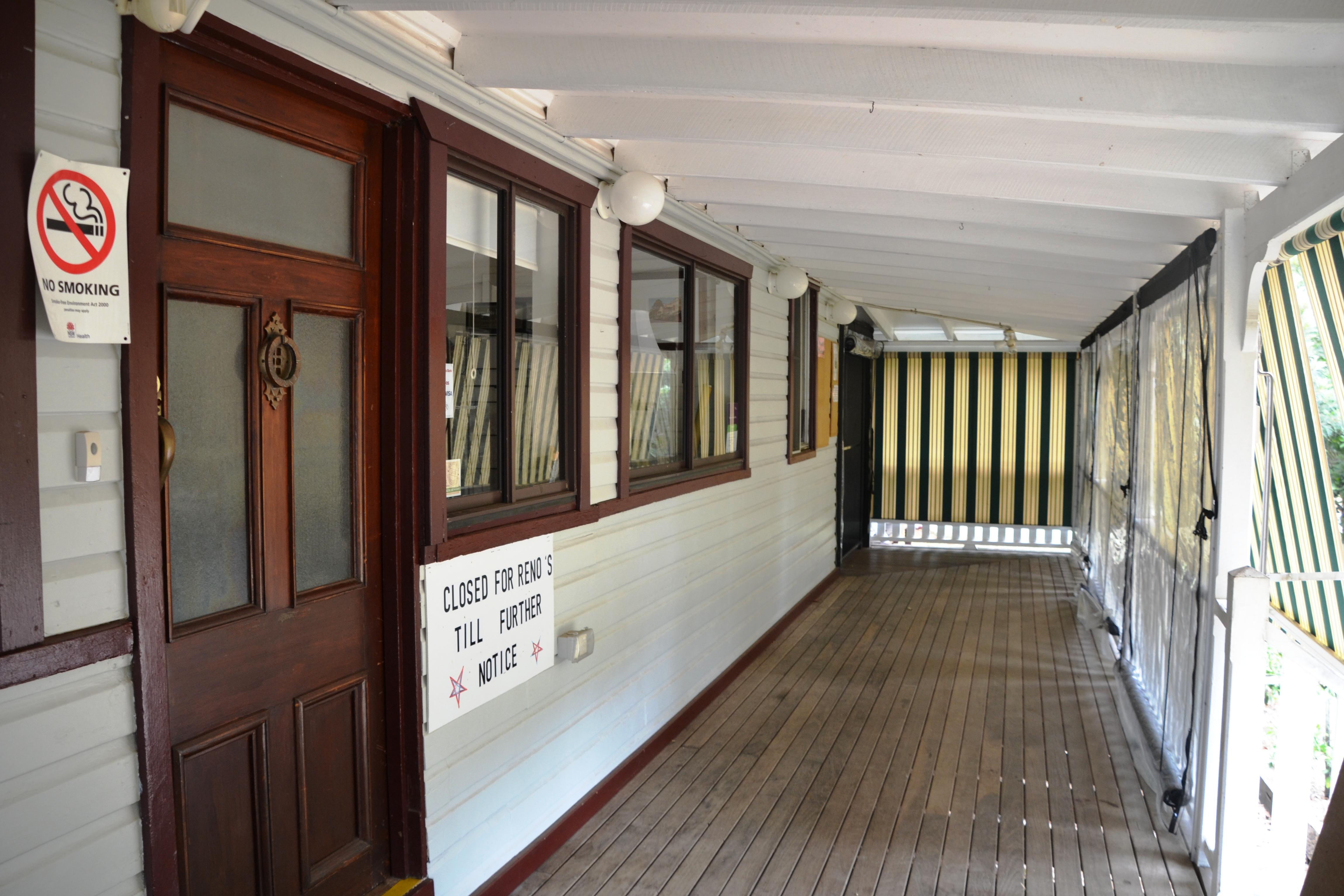 Bangalow Heritage House verandah.jpg