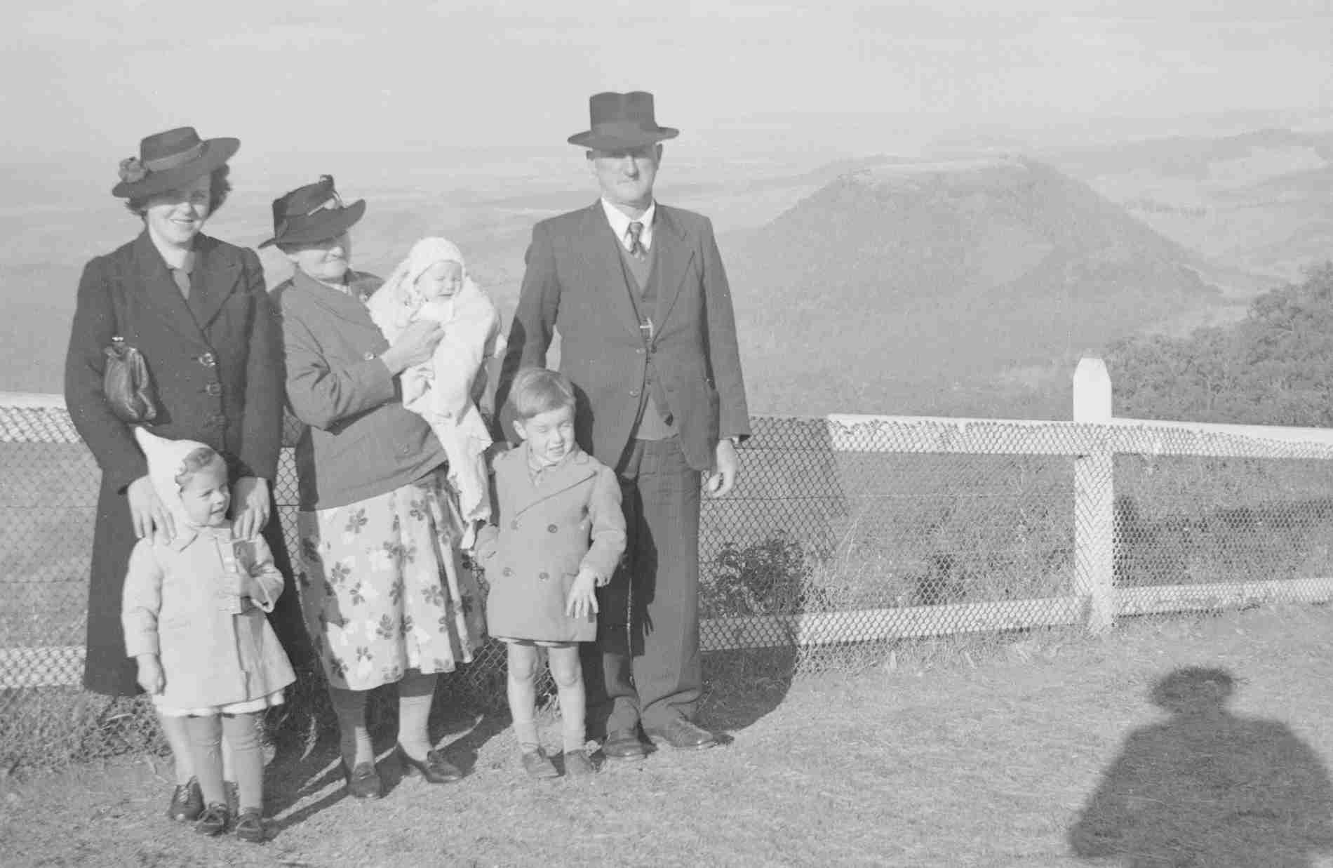 Great Grandparents Haebich mama and kids toowoomba